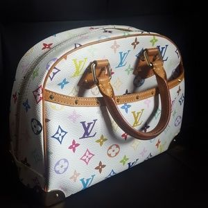 LOUIS VUITTON monogram handbag authentic!!